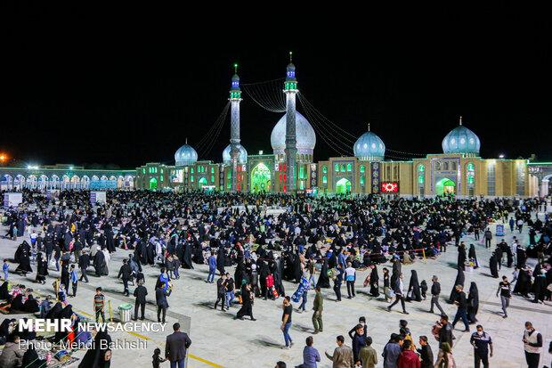 احیای شب بیست و یکم ماه رمضان در مسجد جمکران