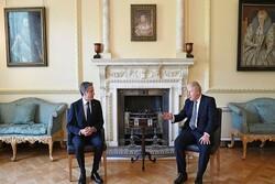İngiltere Başbakanı Johnson, ABD'li Bakan Blinken ile İran'ı görüştü