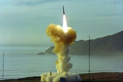 آزمایش ناموفق موشک جدید بالستیک آمریکا در کالیفرنیا