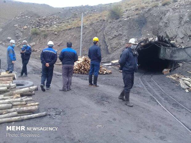 جستجو برای یافتن دو معدنچی مدفون شده در معدن زغالسنگ طزره