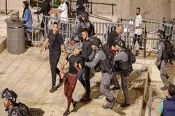 قوات الاحتلال تشن حملة اعتقالات في القدس والاقصى