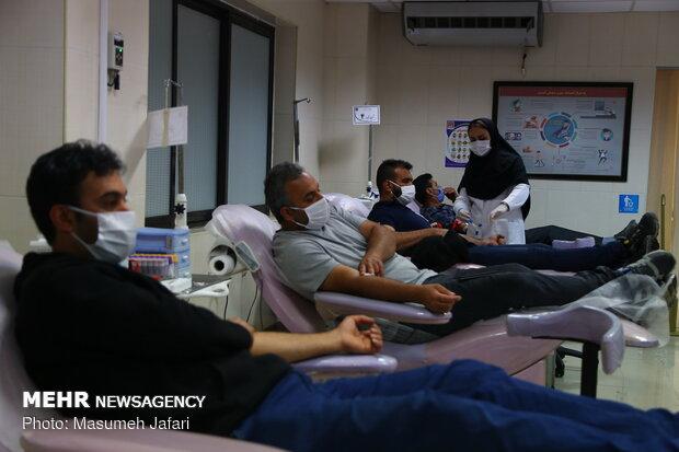 ۱۴۰۰ سفیر اهدای خون معرفی می شوند