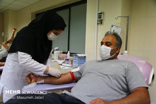 اهدای خون در شب بیست و سوم ماه مبارک رمضان - ساری