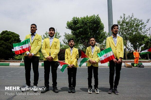 Palestinian flag hoisted in Qom, Hamedan