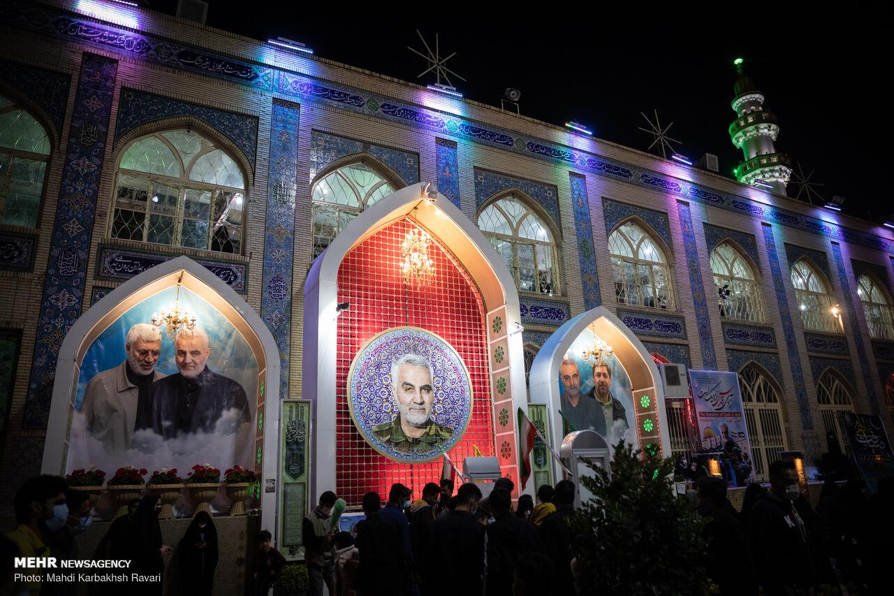 احیای شب قدر در جوار مرقد شهید سردار سلیمانی