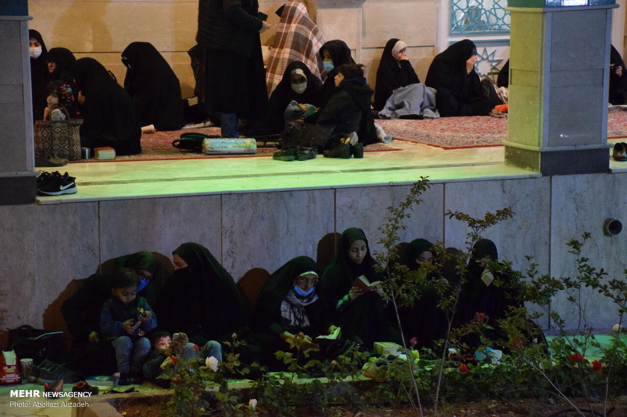 احیای شب بیست و سوم ماه رمضان در سمنان