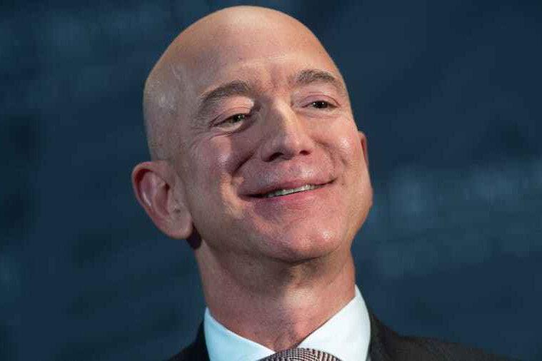 جف بزوس ۲ میلیارد دلار از سهام آمازون را فروخت