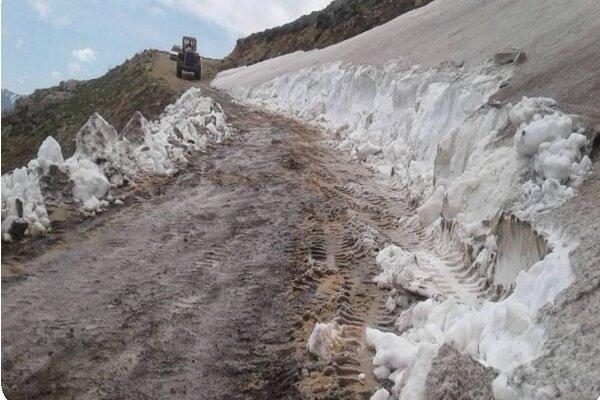 محور روستایی ویار به سپارده در بخش الموت استان قزوین بازگشایی شد