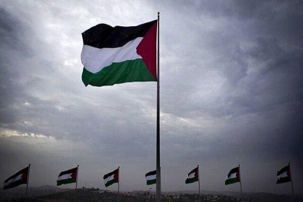 اهتزاز پرچم فلسطین در کنار پرچم ایران در نقاط مختلف کرمانشاه