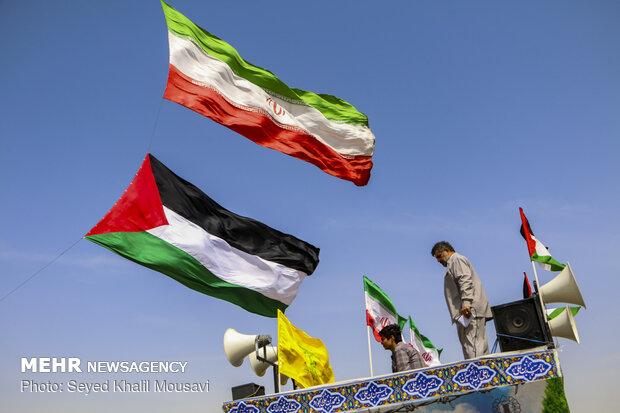 Dünya Kudüs Günü'nde Ahvaz'da Filistin bayrağı dalgalandı