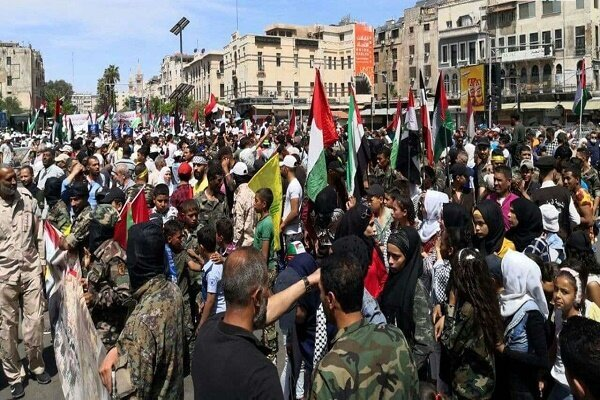 Syrian people hold massive rally on Intl. Quds Day