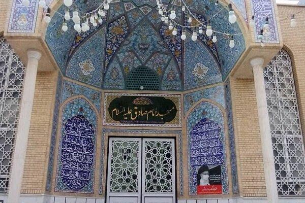 مساجد محور اصلی برای حل مشکلات مردم در جامعه دینی
