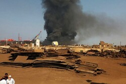 انفجار بناقلة نفط قبالة ميناء بانياس على الساحل السوري