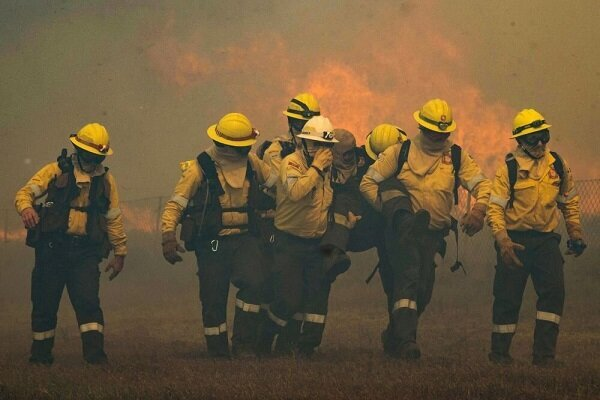 """اندلاع حريق كبير قرب معمل """"رفائيل"""" للسلاح التابع للنظام الصهيوني"""