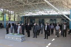 پیکر مرحوم «منصور اوجی» در شیراز تشییع شد