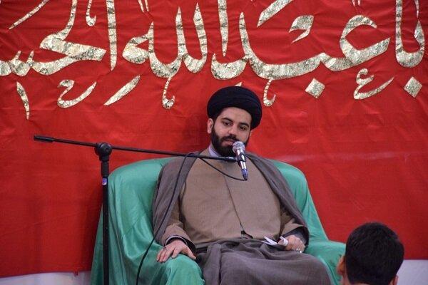 امام جماعت رکن و محور اصلی مسجد و محله