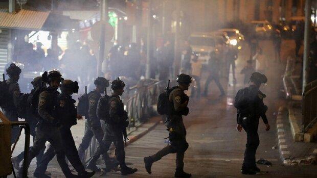 Siyonist İsrail'den bir kez daha Mescid-i Aksa'da Filistinlilere saldırı