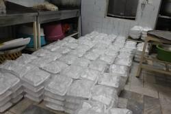 پخت و توزیع ۱۰۰۰ پرس غذای گرم برای خانوادههای کم بضاعت