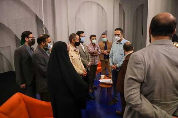 بازدید مدیر شبکه پنج سیما از پشت صحنه «جشن رمضان»
