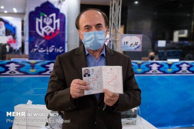 روز نخست ثبتنام داوطلبان دوره سیزدهم انتخابات ریاستجمهوری