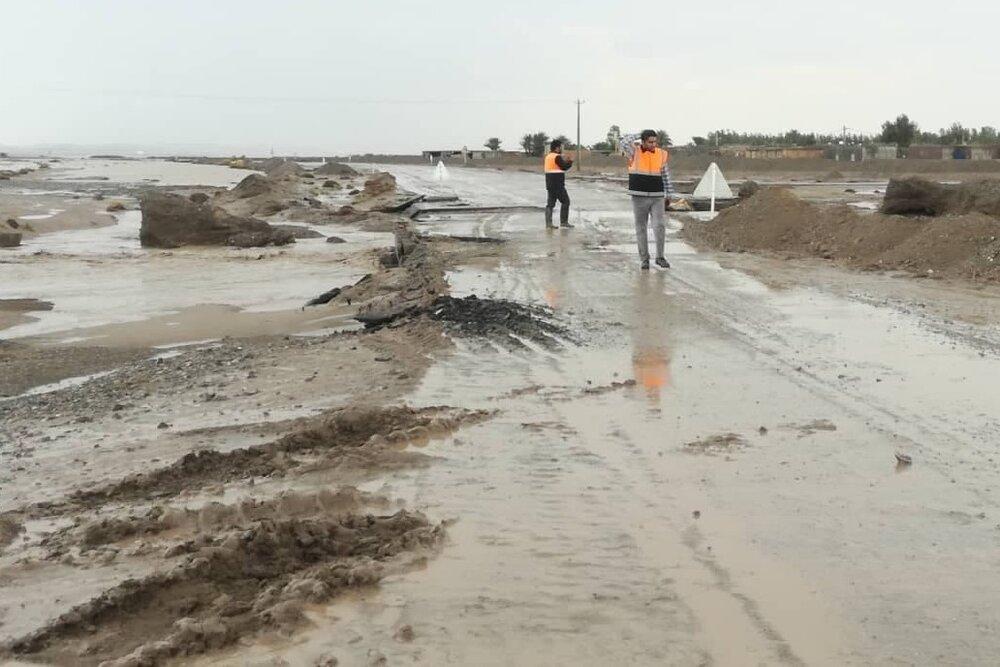 گرفتار شدن ۲۶ خودرو و موتورسیکلت در سیل رامه/ ۵۰ نفر نجات یافتند