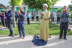 شیرینی برگزاری نماز فطر/ مردم بجنورد عید سعید را جشن گرفتند