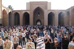 اقامه نماز عید سعید فطر در ورامین