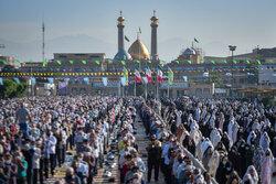حرم مطہر شاہ عبدالعظیم حسنی میں نماز عید فطر ادا کی گئي