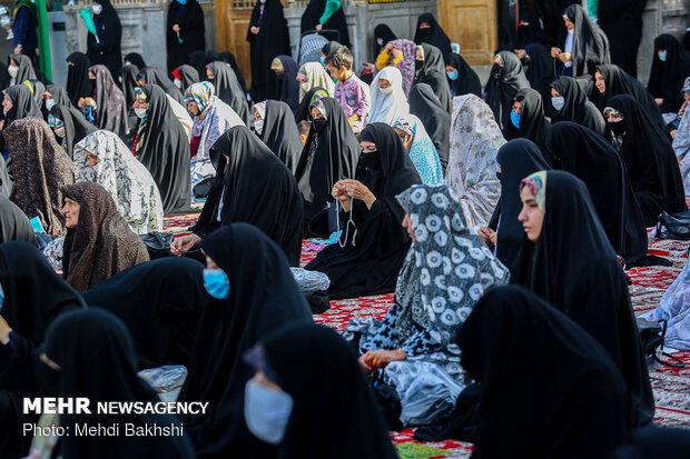 اقامه نماز عید سعید فطر در حرم حضرت معصومه(س)