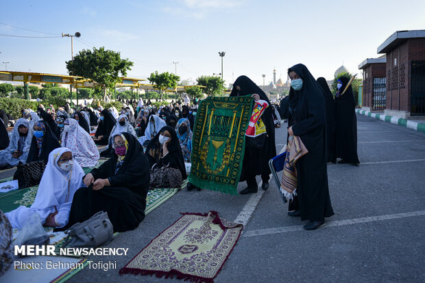 نماز عید سعید فطر در حرم عبدالعظیم حسنی(ع)