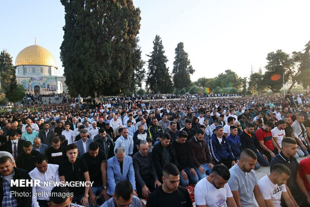 Eid al-Fitr prayers in Al-Aqsa Mosque