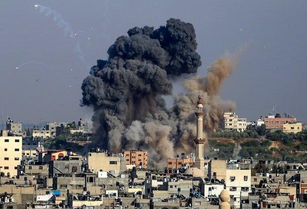 Al-Qassam fires rockets at Zionist settlements (+VIDEOS)