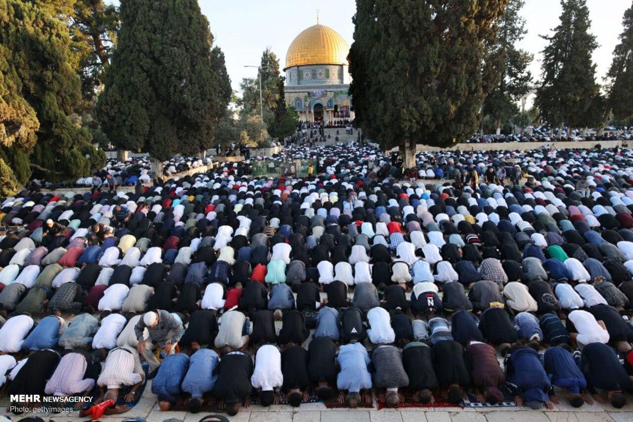 اقامه نماز عید سعید فطر در قدس شریف
