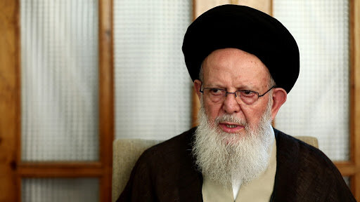 آیت الله زنجانی معتقد بود راه اصلاح جامعه از اصلاح حکومت می گذرد