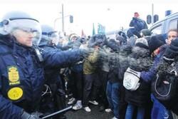 الشرطة الدنماركية تستخدم العنف تجاه المتظاهرين لنصرة القدس وغزة
