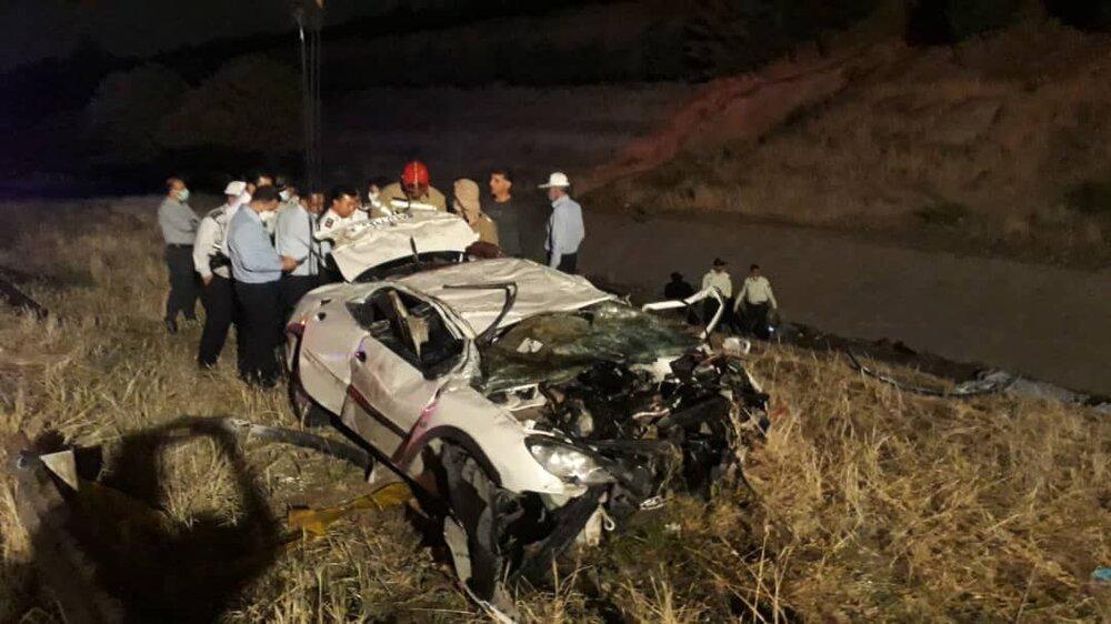 3769985 - واژگونی خودرو در بزرگراه شهید یاسینی/ ۵ نفر جان باختند