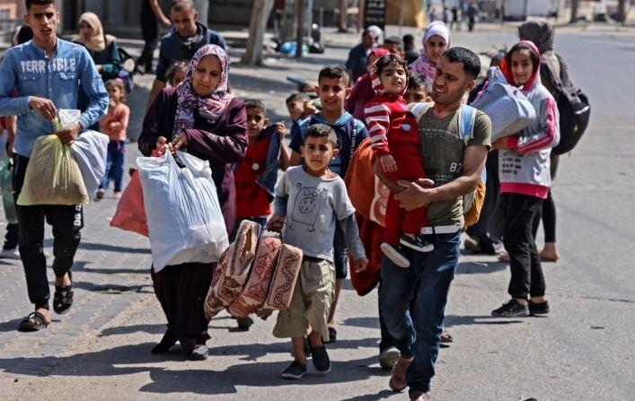 Israeli air strike hits residential house in Gaza's Shujayea