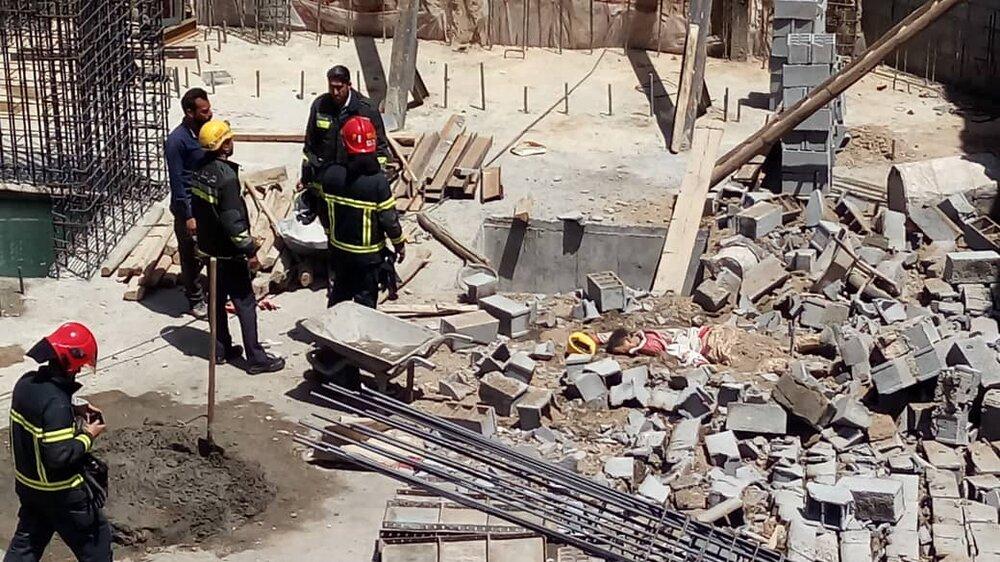 مرگ کارگر ۳۵ ساله بر اثر ریزش آوار پروژه ساختمانی در اصفهان
