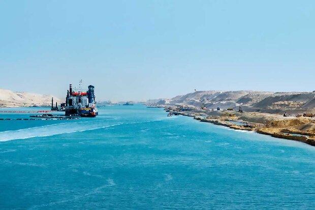 Egypt starts expanding Suez Canal's southern stretch