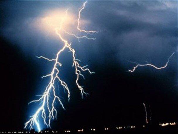 پیش بینی رگبار و رعد و برق در اکثر استان ها