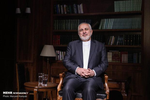 ظريف يامل في أن تستأنف الشركات الايرانية تعاملاتها التجارية مع كرواتيا
