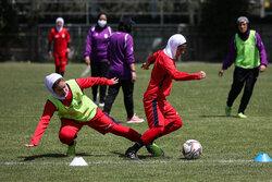İran Kadın Milli Futbol Takımı'nın antrenmanından kareler