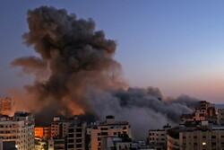 Siyonist Rejim'in Gazze'ye saldırılarında şehit sayısı arttı