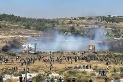 یک شهید و دهها زخمی در یورش نظامیان صهیونیست به فلسطینیها در کرانه باختری