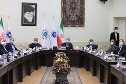 خطر روی آوردن سرمایه گذاران ایرانی به کشورهای همسایه