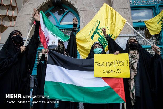 Tehraners express anger against child-killer regime of Israel