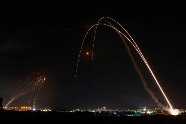 حملات هوایی به غزه از سرگرفته شد/ به صدا درآمدن آژیر خطر در شهرک «ناحل عوز»