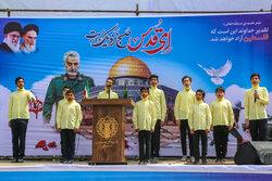 اجرای گروه رهروان ولایت بجنورد در حاشیه تجمع حمایت از فلسطین