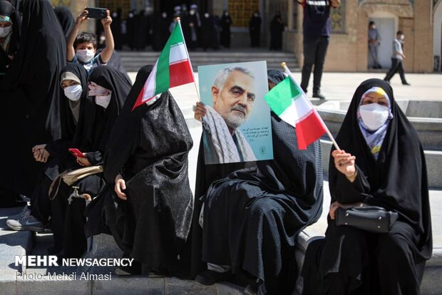 طلاب زنجانی در اعتراض به جنایات رژیم صهیونیستی تجمع کردند