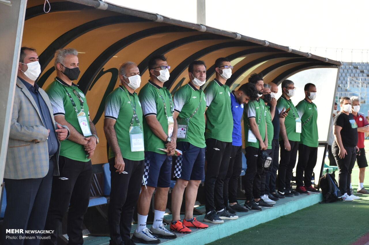 دیدار تیم های فوتبال آلومینیوم اراک و تراکتور تبریز در جام حذفی